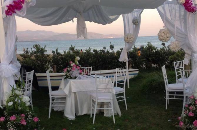 Matrimonio In Spiaggia Nel Lazio : Matrimoni da sogno nel golfo parte la caccia ai siti più