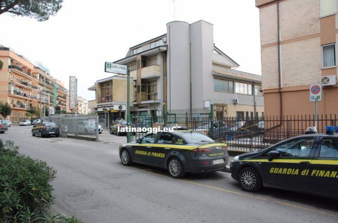 Nasconde redditi per oltre un milione e mezzo di euro for Denuncia redditi 2017