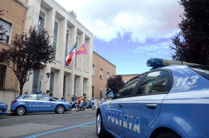 Operazioni antiterrorismo in Italia: controllati 27 mila furgoni in tre giorni