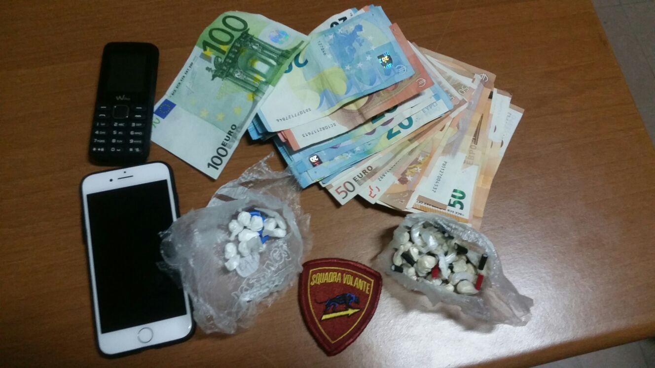 Tassista fermato con cocaina: patente ritirata