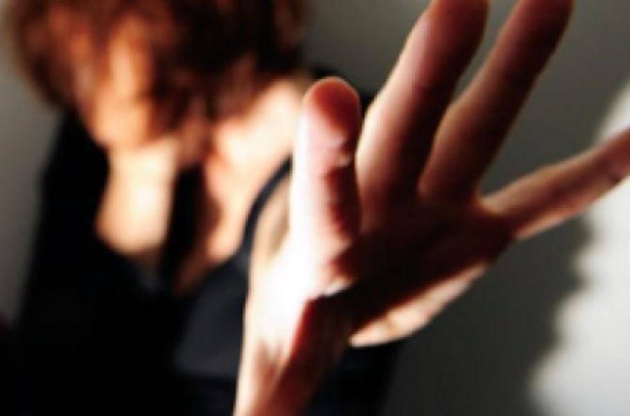 Stalker perseguitava l'ex compagna con chiamate e minacce: arrestato