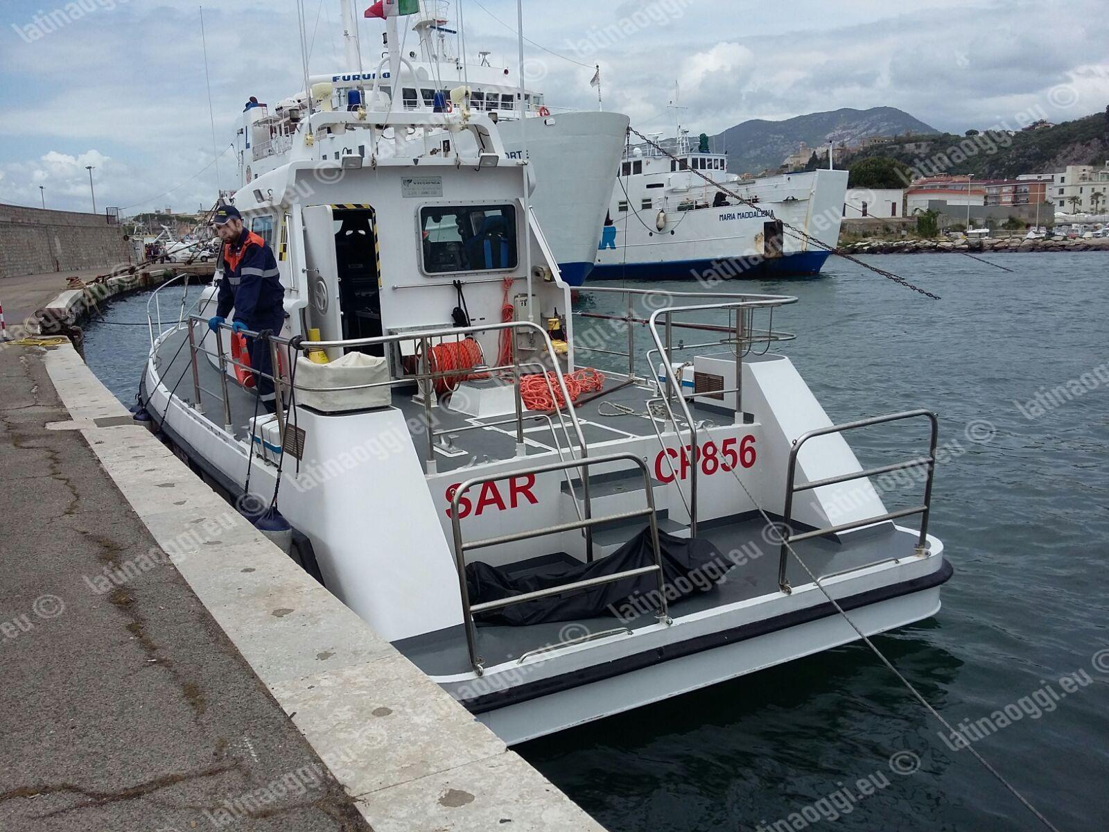 Recuperati due cadaveri in mare al largo di Terracina