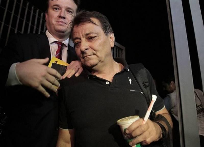 Cesare Battisti, il Brasile ordina l'arresto: