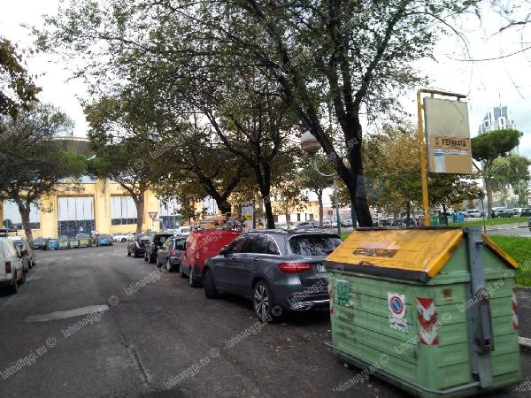 Fermata in via Duca del Mare