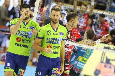 La Top Volley sogna per due set, poi cede al Calzedonia Verona